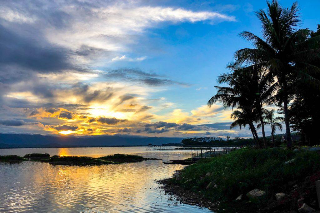 Sunset over Phayao Lake